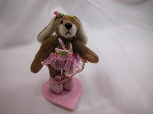 "World of Miniature Bears 2.5"" Cashmere Bear Stacy #604 Collectible Miniature"