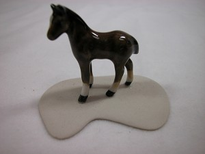 Miniature Porcelain Animals Chestnut Colt #906