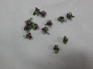 Dollhouse Miniature 1: 12 Scale 5 mm Purple Hand Made Silk Ribbon Roses Deep Purple #357